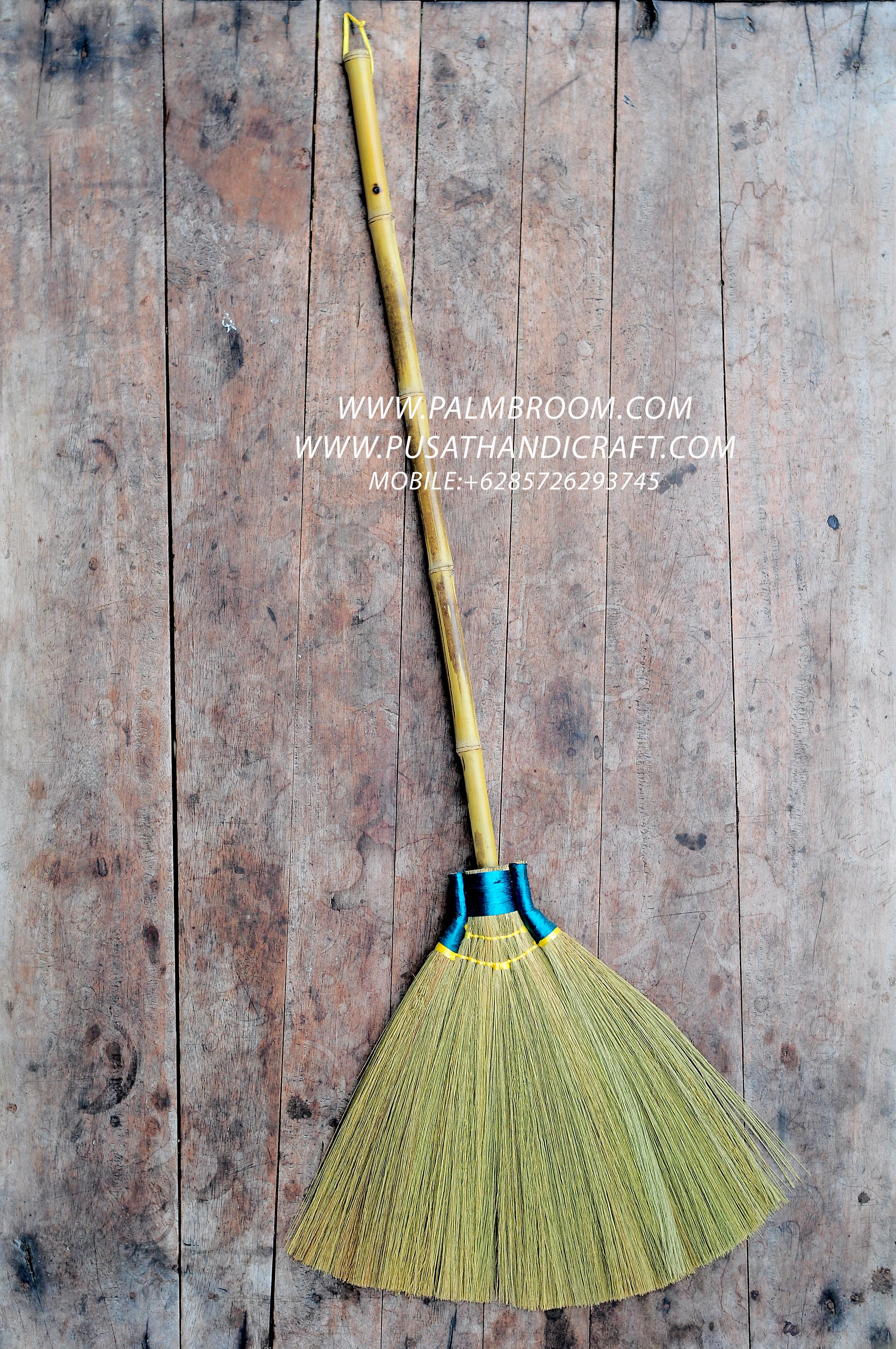 sapu rayung magelang, sapu rayung purbalingga,cara membuat sapu rayung,+6285726293745,www.pusathandicraft.com